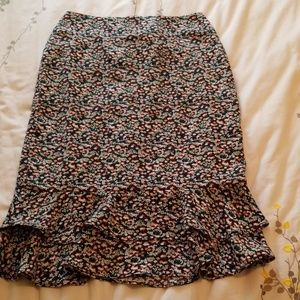 NWT Ann Taylor Ruffled Pencil Skirt